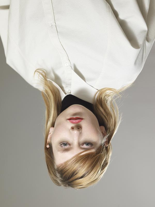 Blommers / Schumm, Tjitske (uit de serie Yves Saint Laurent for Mode Depesche), 2008