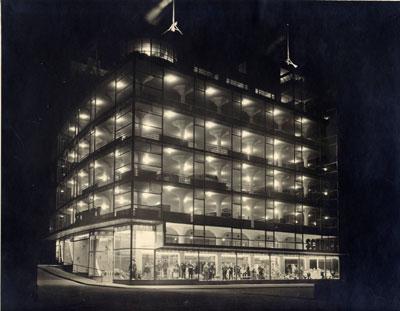 Het Glaspaleis op de avond van de opening, 1 juni 1935, foto Stadsarchief Heerlen, Archief SCHUNCK*