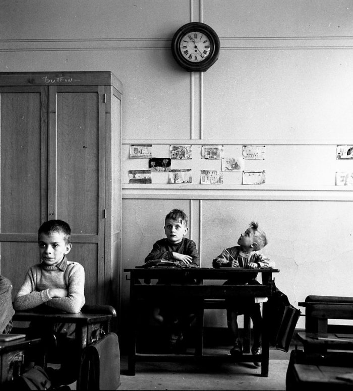 Robert Doisneau: Le cadran scolaire, Paris 1956