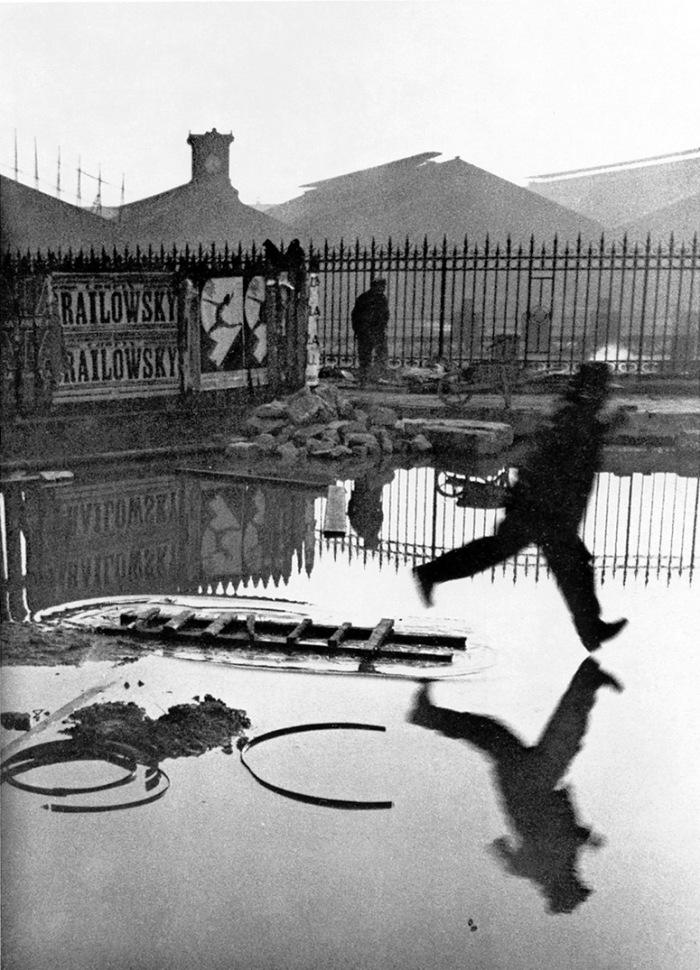 ©Henri Cartier-Bresson: Derrière la Gare Saint-Lazare, 1932