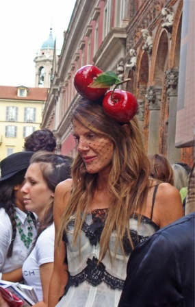 Anna dello Russo dus (editor-at-large, of misschien wel extra-large, bij Vogue Japan)