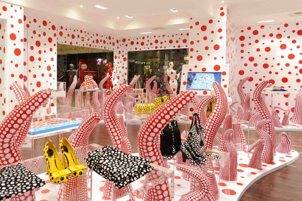 The Louis Vuitton-Yayoi Kusama Concept Store in Singapore / via www.hisstylediary.com