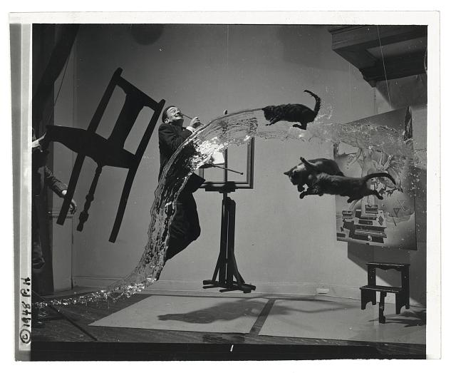 ©Philippe Halsman Dalí Atomicus, 1948, onbewerkte versie