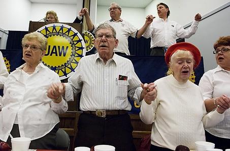 White Shirt Day bij UAW Local 651 in Flint Foto © Ryan Garza | The Flint Journal