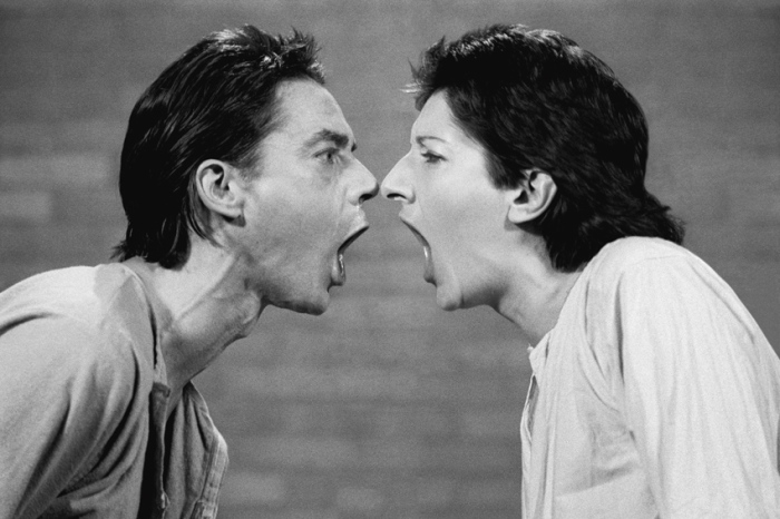 Marina Abramovic en Ulay: AAA-AAA (performance RTB, Liege), 1977 Photo: © VBK, Wien, 2011