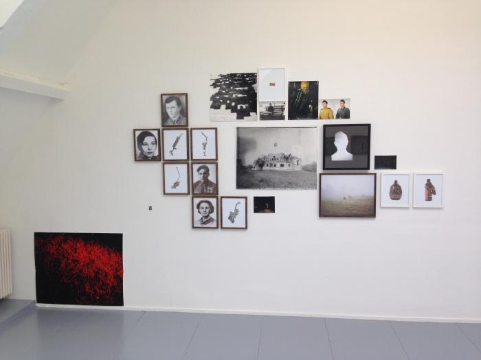 Installatie 'Goodbye Motherland' van Andrei Liankevich / Sputnik Photos bij Fotodok