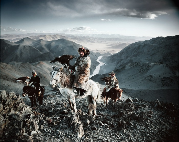 ©Jimmy Nelson, Before They Pass Away. Kazakhs, Mongolië.