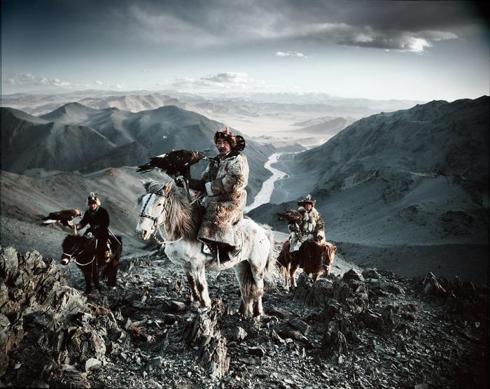 ©Jimmy Nelson, Before They Pass Away. Kazakhs, Mongolië.