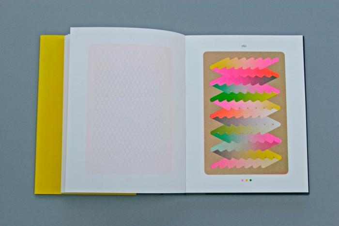 © Sigrid Calon, pagina uit het boek TO THE EXTEND OF / \ | & -, 2012