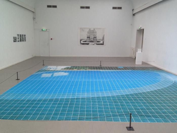 One Swimming Pool (uitgelegd ter ere van de tentoonstelling Staged City in Arti & Amicitiae, Amsterdam, juni 2014