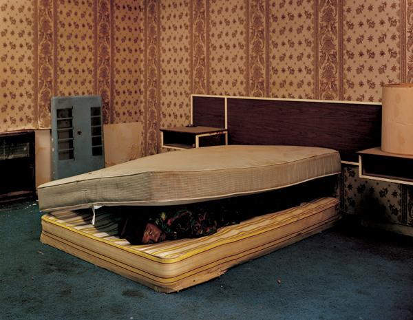 © Taryn Simon, The Innocents: Larry Mayes Scene of arrest, The Royal Inn, Gary, Indiana Police found Mayes hiding beneath a mattress in this room Served 18.5 years of an 80-year sentence for Rape, Robbery, and Unlawful Deviate Conduct, 2002
