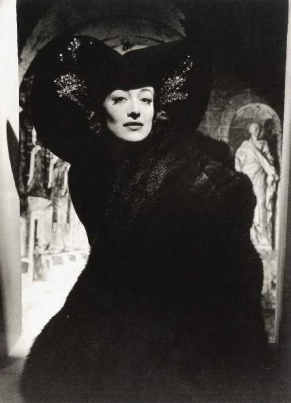 © Horst P. Horst: Joan Crawford, 1938