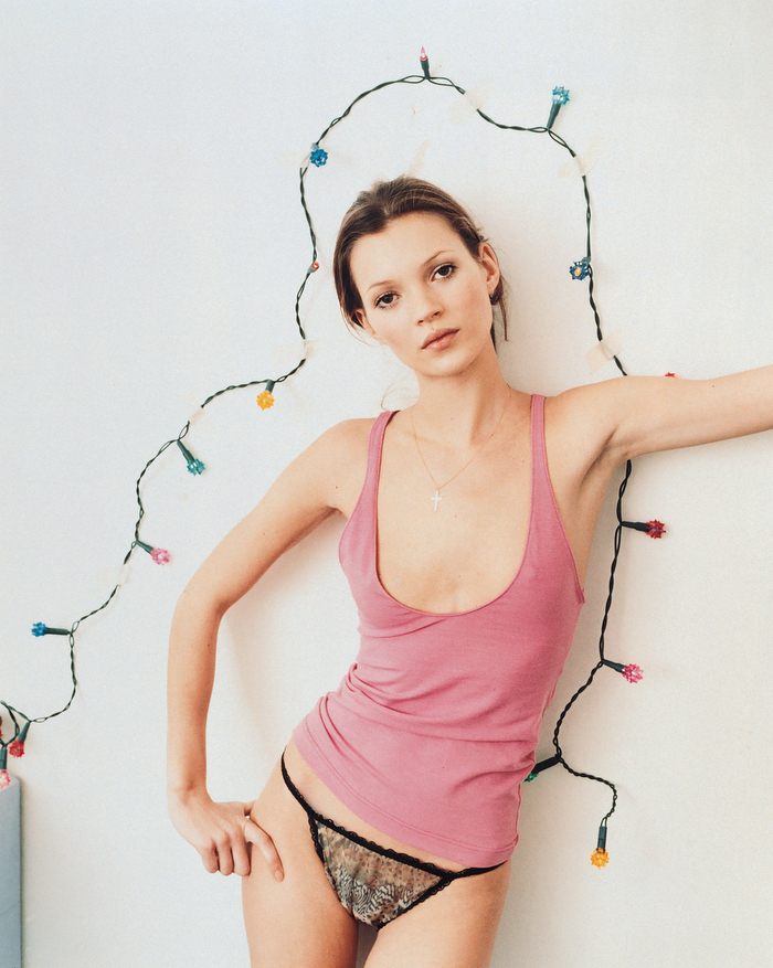 © Corinne Day: Kate Moss voor Vogue UK, 1993