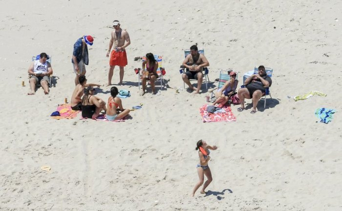 chris christie beach day